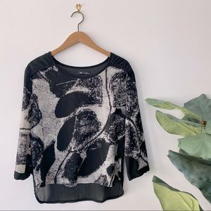 3/$20 Abstract Printed Black and White Blouse